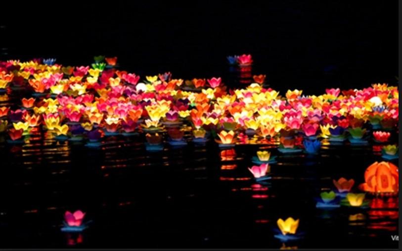 Lung linh lễ hội hoa đăng