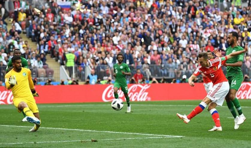 Bàn thắng thứ hai cho đội Nga