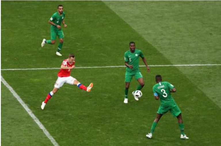 Cheryshev ấn định bàn thắng thứ tư cho Gấu Nga