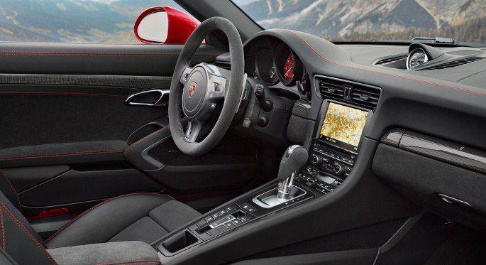 PORSCHE 911 TARGA 4 GTS ảnh 4