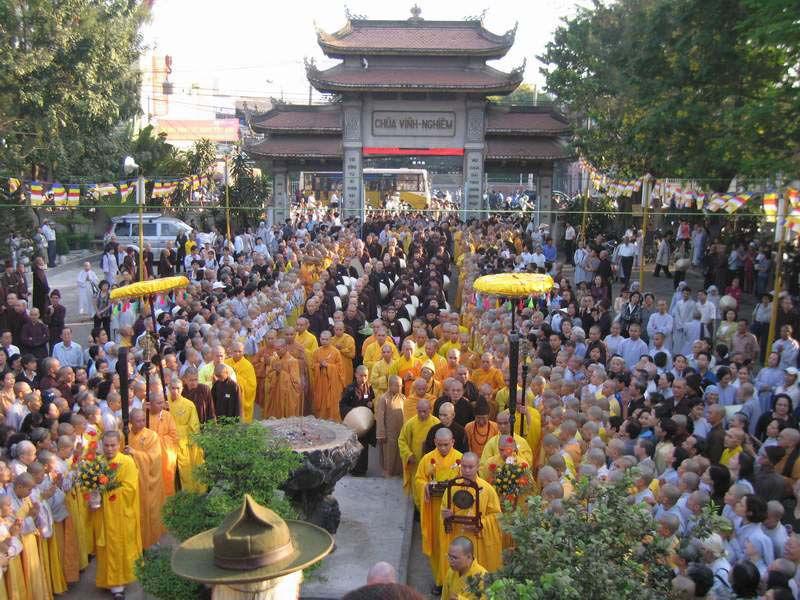 Những ngôi chùa đông nhất vào ngày lễ Vu Lan ở TP.HCM ảnh 3