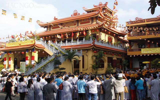 Những ngôi chùa đông nhất vào ngày lễ Vu Lan ở TP.HCM ảnh 6