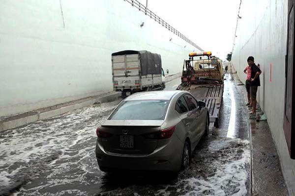 Hầm chui 200 tỷ ở Sài Gòn ngập nước ảnh 1