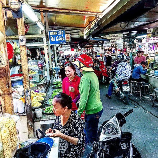Những khu chợ ăn vặt ngon nhất Sài Gòn - chợ Bà Chiểu ảnh 1