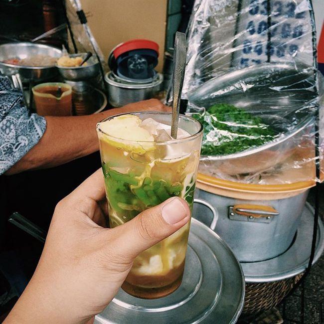 Những khu chợ ăn vặt ngon nhất Sài Gòn - chợ Bà Chiểu ảnh 8