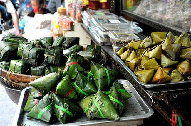 Những khu chợ ăn vặt ngon nhất Sài Gòn (chợ bà hoa quận tân bình) ảnh 6