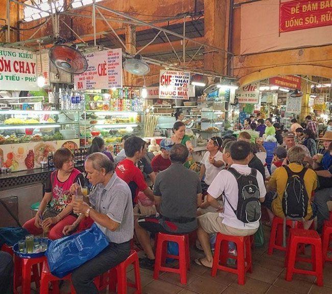 Những khu chợ ăn vặt ngon nhất Sài Gòn (chợ bến thành) ảnh 1