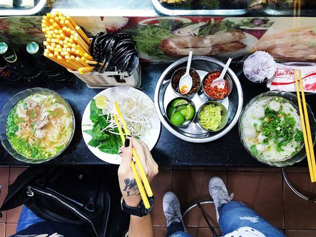 Những khu chợ ăn vặt ngon nhất Sài Gòn (chợ bến thành) ảnh 3