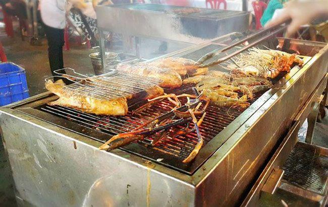 Những khu chợ ăn vặt ngon nhất Sài Gòn (chợ bến thành) ảnh 6