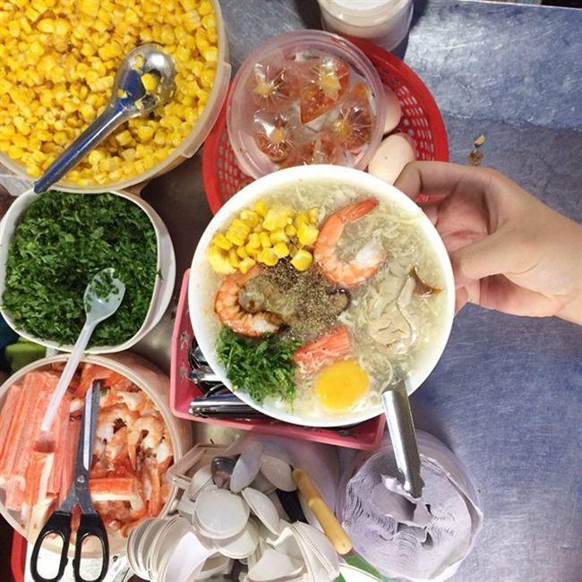 Những khu chợ ăn vặt ngon nhất Sài Gòn (chợ 200 xóm chiểu) ảnh 2