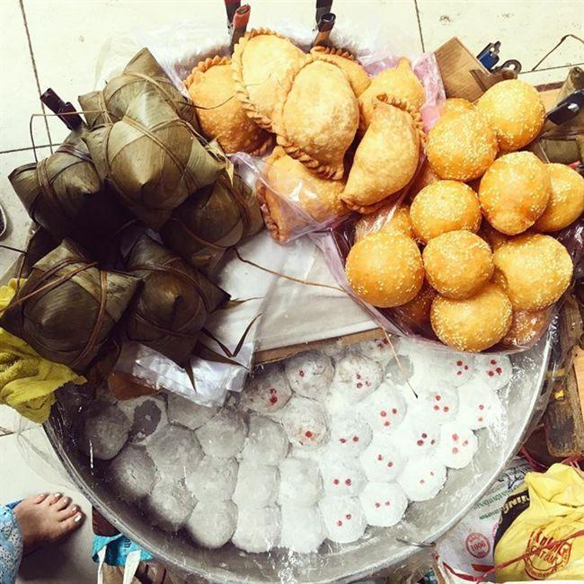Những khu chợ ăn vặt ngon nhất Sài Gòn (chợ thiếc quận 11) ảnh 5