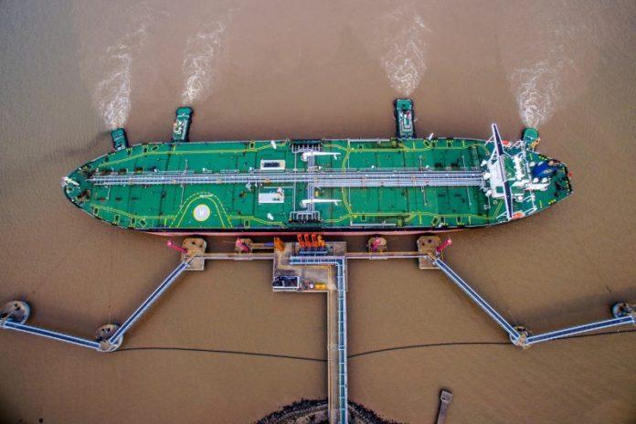 OPEC đang nổ lực đưa giá dầu thô về lại vị trí cân bằng trong giai đoạn từ nay đến cuối năm